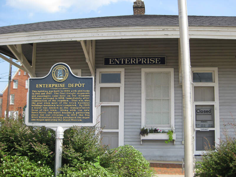Enterprisedepot With Alabamahistoricamarker
