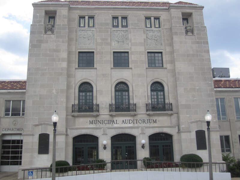 Texarkana Municipal Auditorium Img
