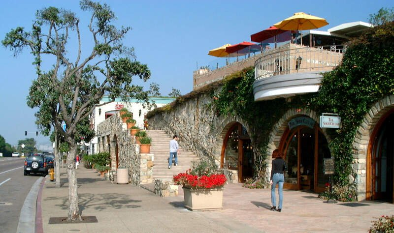 Plaza At Del Mar