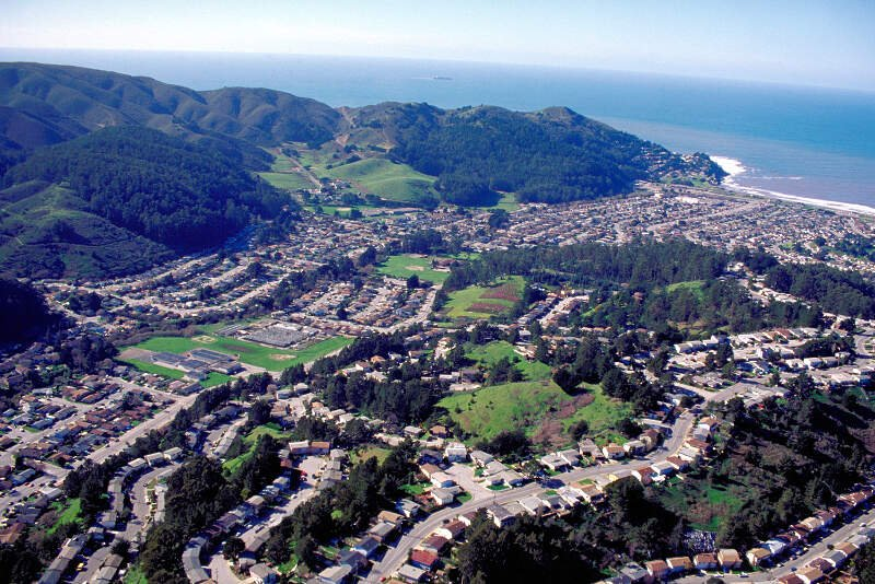 Living In Pacifica, CA