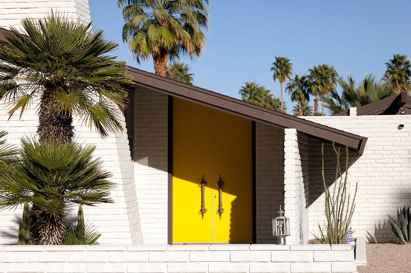 Mid Century Modern House In Palm Springs