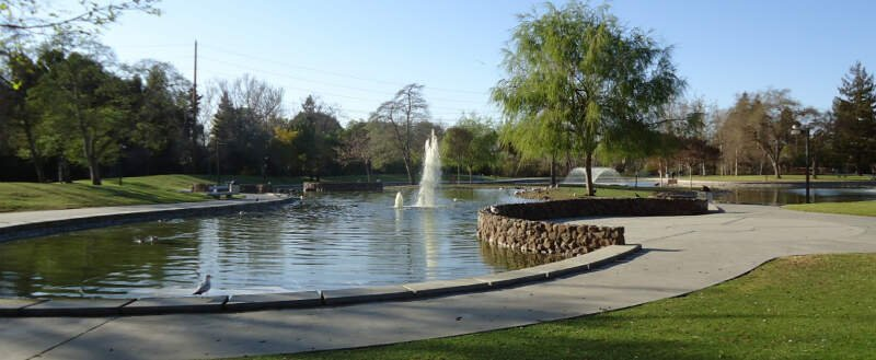 Santa Clara City Park With Fountain