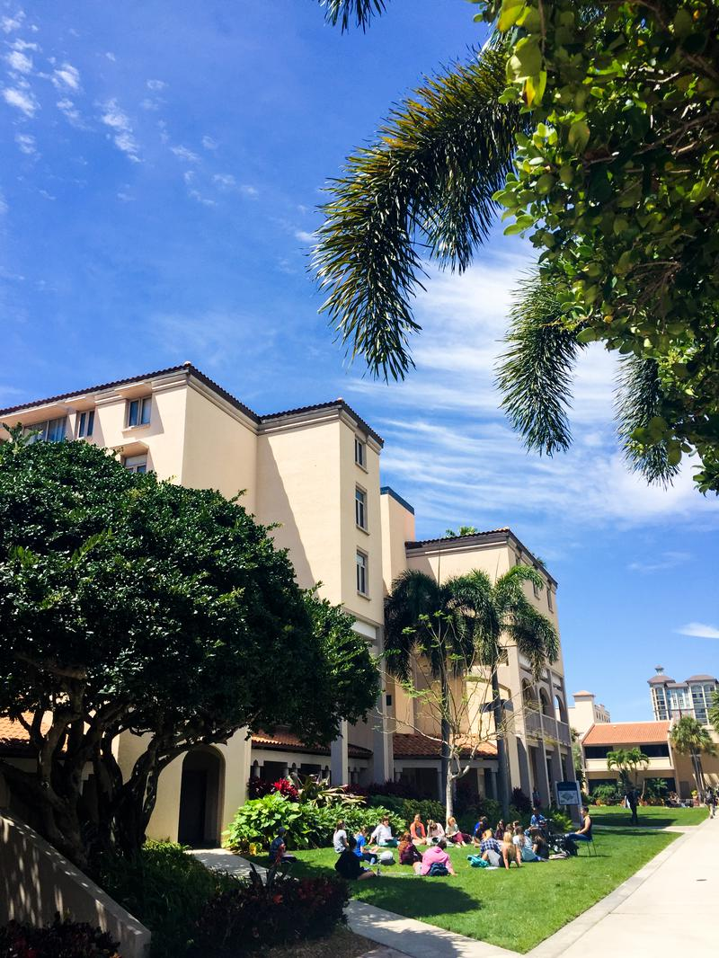 These Are The 10 Safest Colleges In Florida For 2018