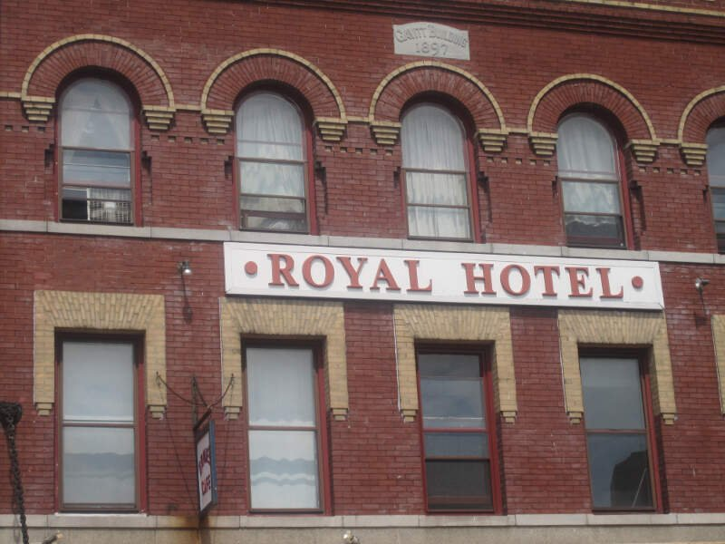 Royal Hotel In New Londonc Ct