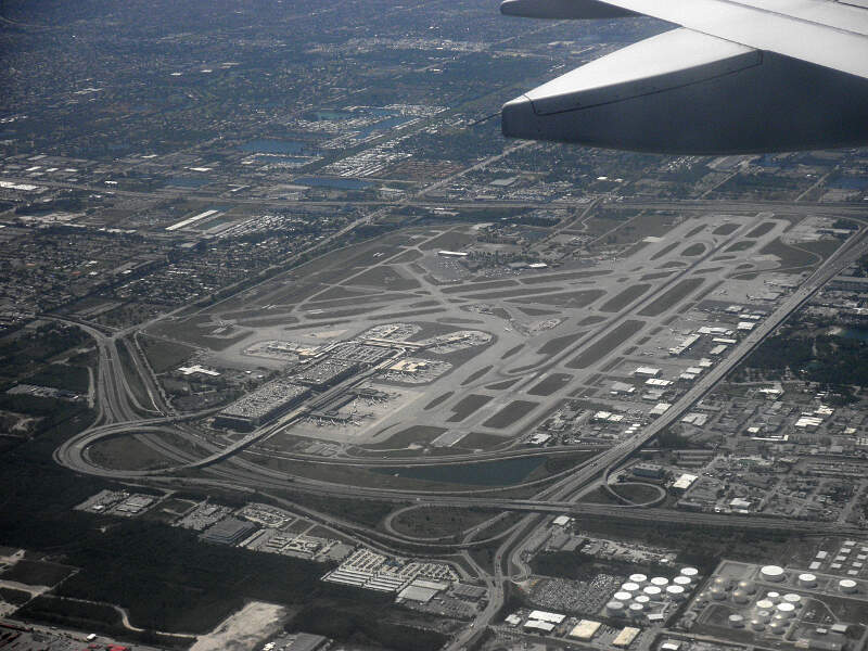 Fort Lauderdalec Florida  Fll From Airplane