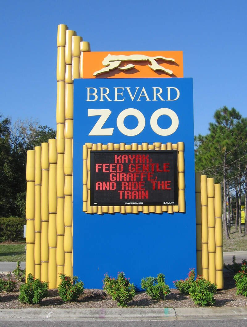 Brevard Zoo Monument Sign