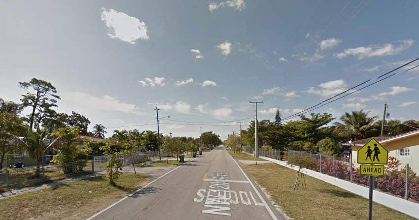 Living In Pinewood, FL
