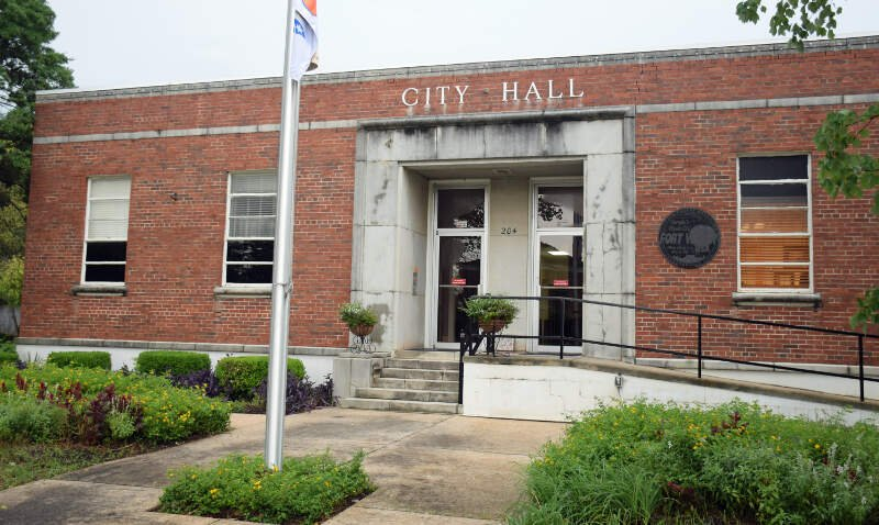City Hall In Fort Valleyc Gac Us