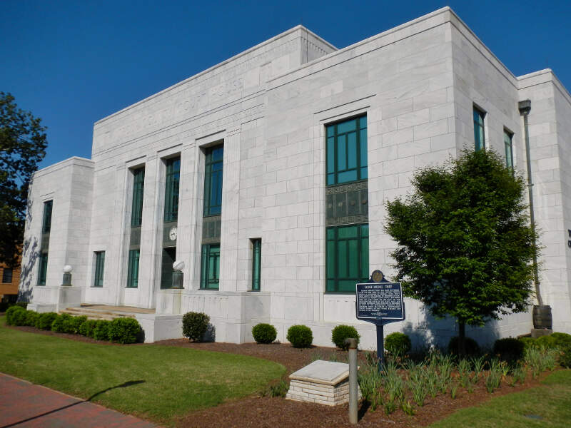 Troup Countyc Georgia Courthousec Annexc And Jail