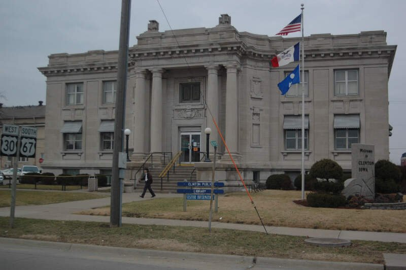 Clinton Public Library