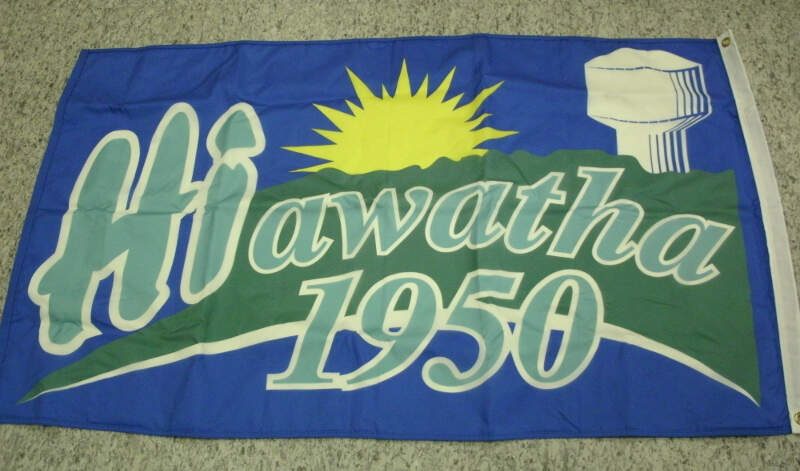 Picture Of The Hiawatha Iowa Flag