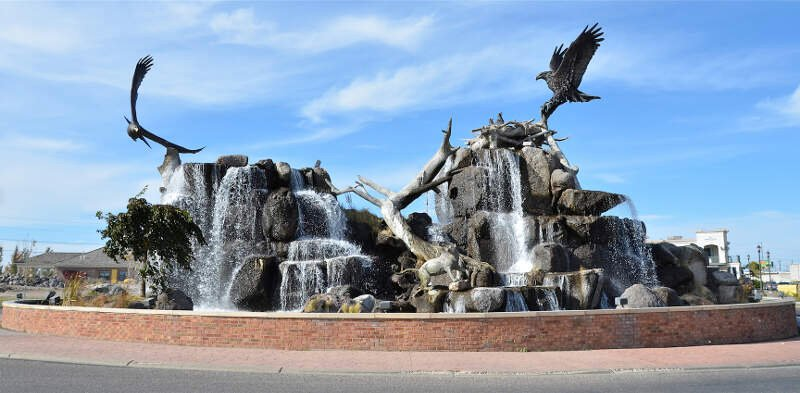 Utah Street Fountain And Sculpture Idaho Falls