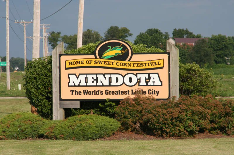 Mendotac Il Sign