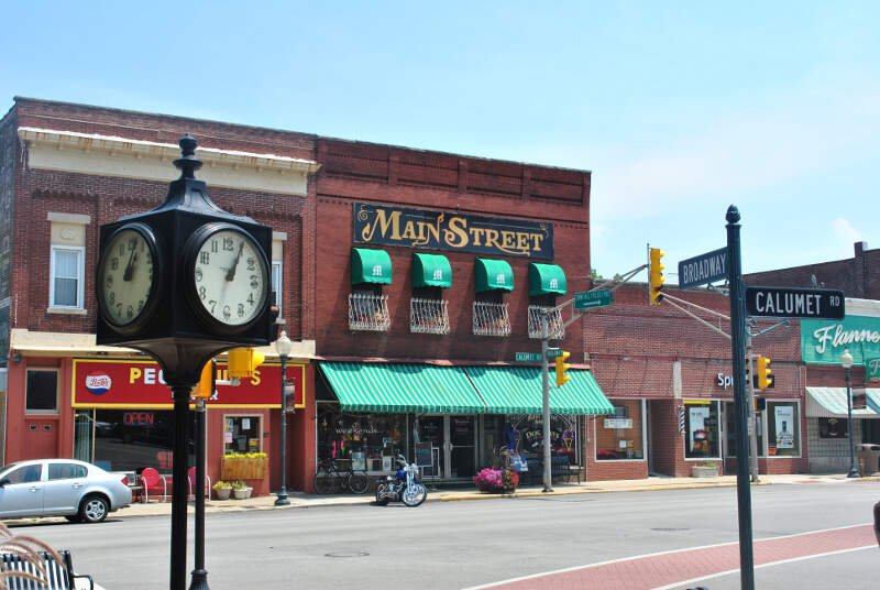 Snobbiest Places In Indiana