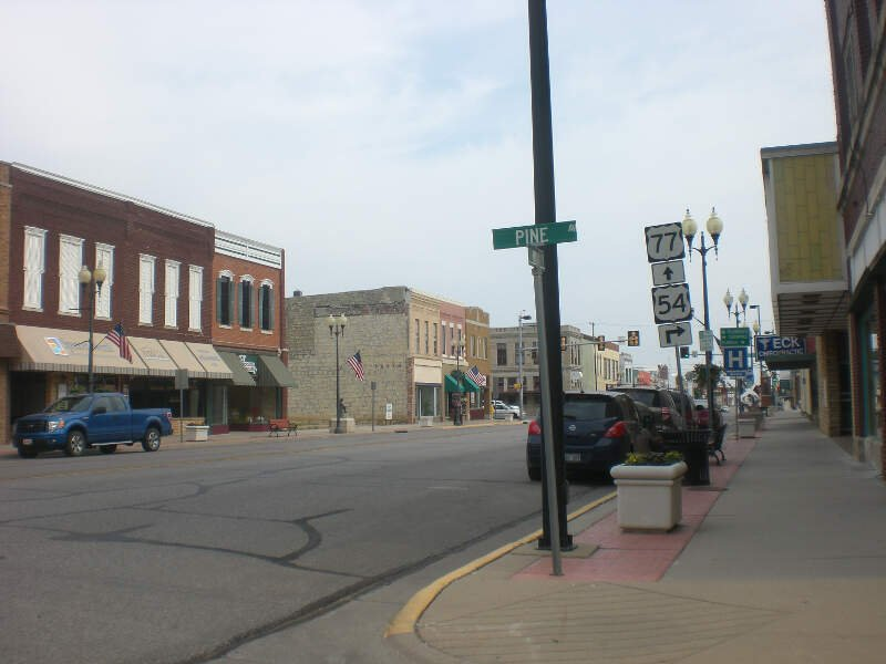 El Dorado Kansas Pine Main Intersection