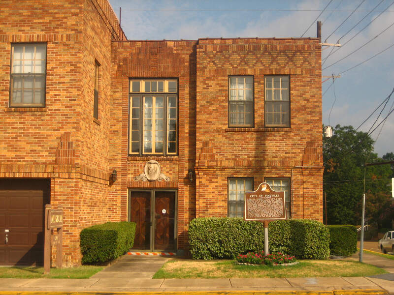 Old Pineville City Hall Img