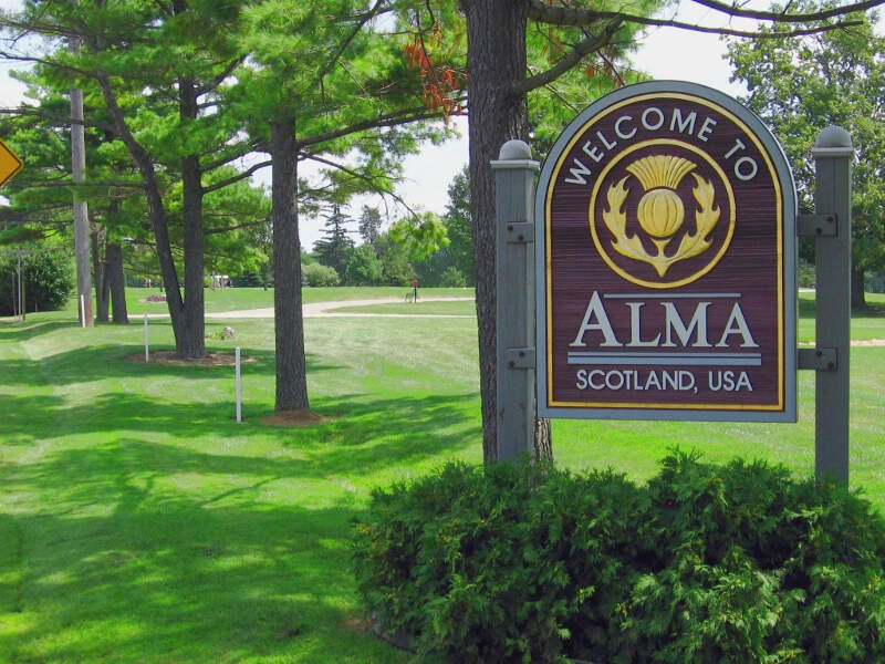 Alma Welcomec Michigan