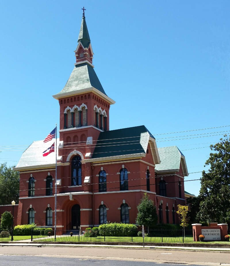 Tate County Courthouse With Sign