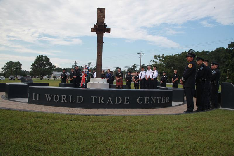 A Moment To Reflectc Havelockc Cherry Point Communities Pay Respects At   Memorial Plaza  M Fl