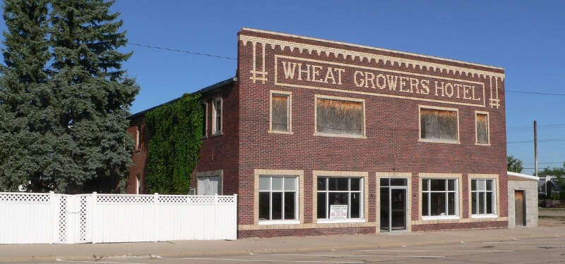 Wheat Growers Hotel From Se