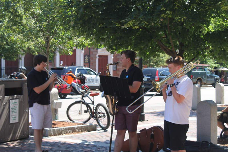 Street Musicians In Portsmouthc Nh Img