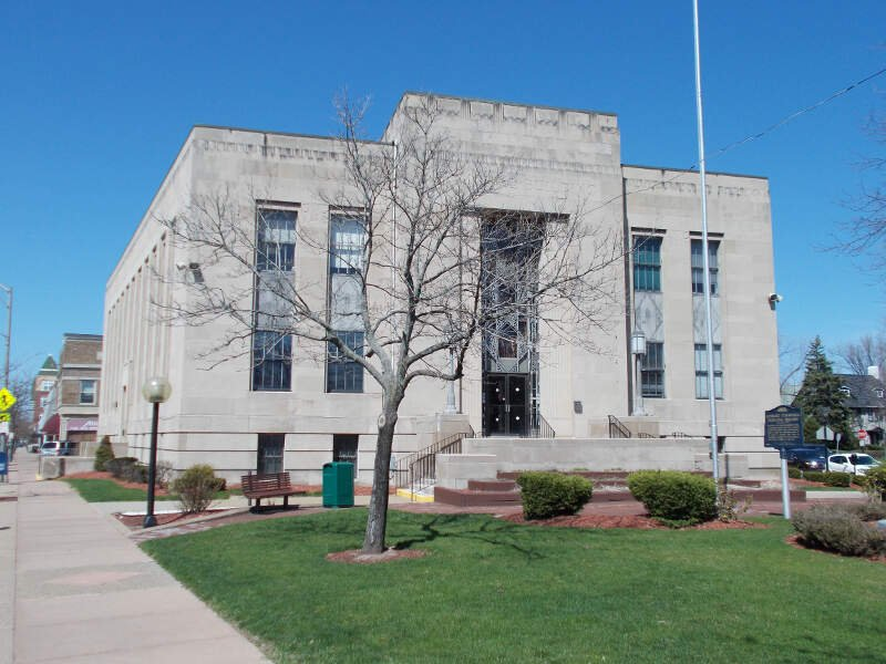 Tonawanda Municipal Building Apr