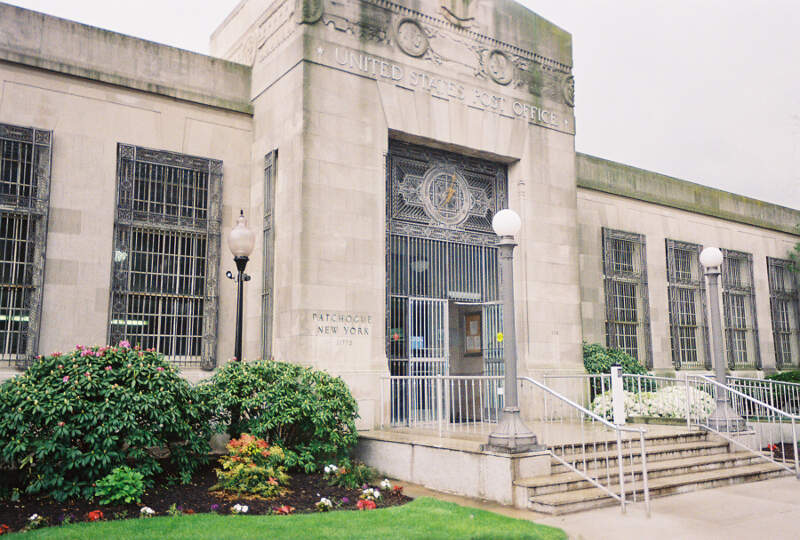Patchogue Post Office