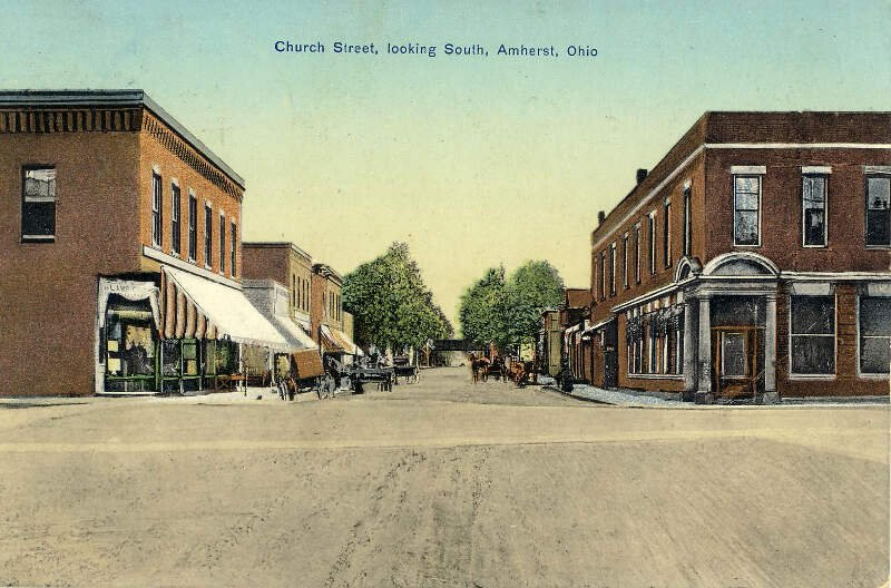 Church Streetc Looking South In Amherstc Ohioc S