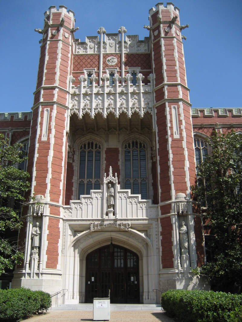 Bizzell Library    Am