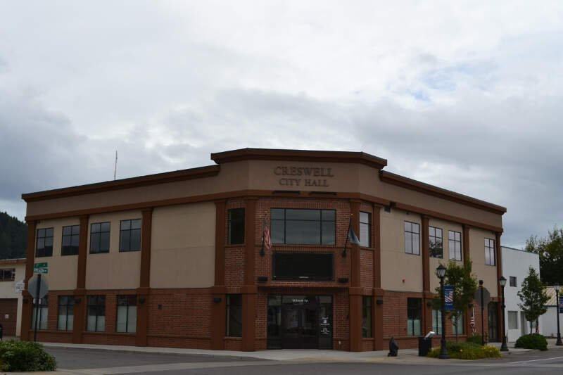 Creswell City Hall Creswellc Oregon