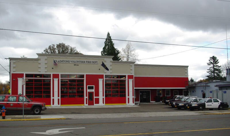 Fire And Police Station   Gladstonec Oregon