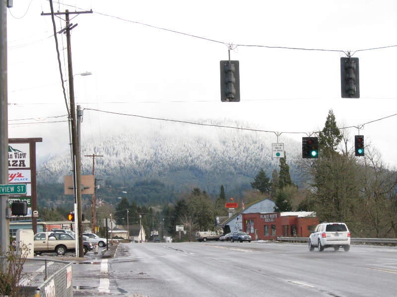 Living In Oakridge, OR