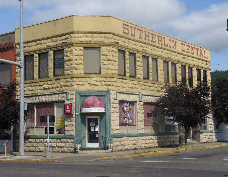 Sutherlin Bank Building   Sutherlin Oregon
