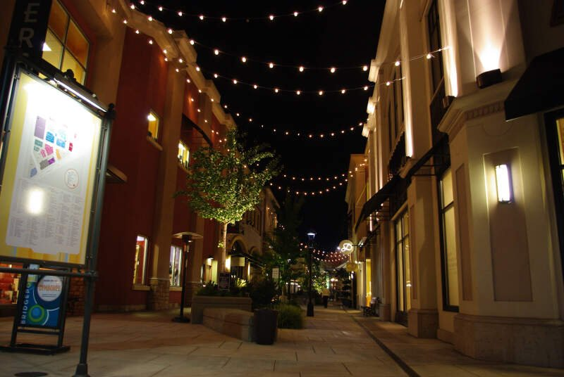 Bridgeport Village Night Canyon