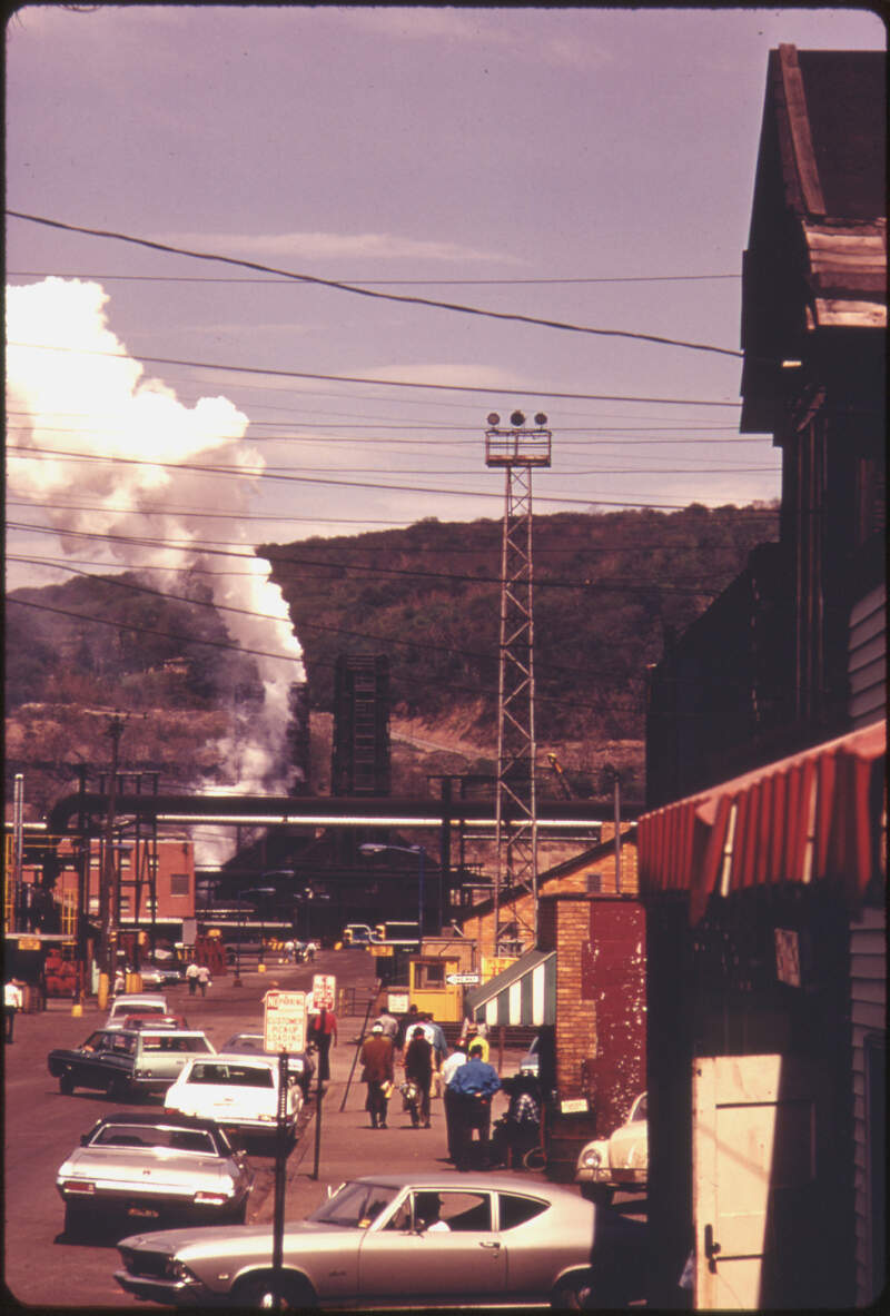Street In Clairtonc Pennsylvaniac Miles South Of Pittsburgh