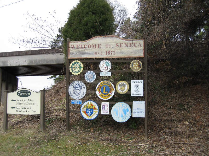 Seneca Sc Welcome Sign