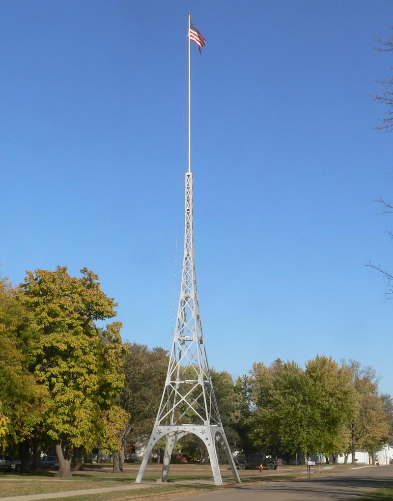 Tyndall Sd Eiffel Tower Flagpole From Sw