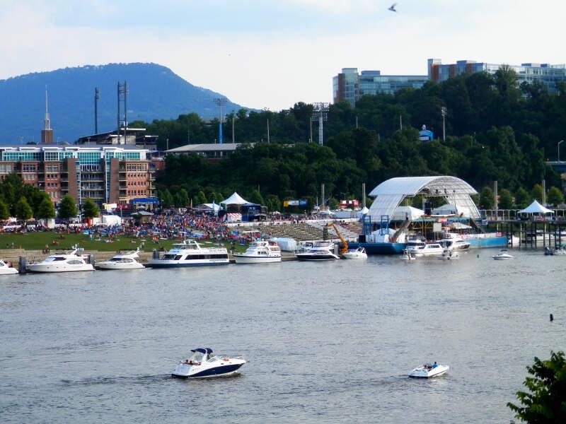 Riverbend Festival Tn River