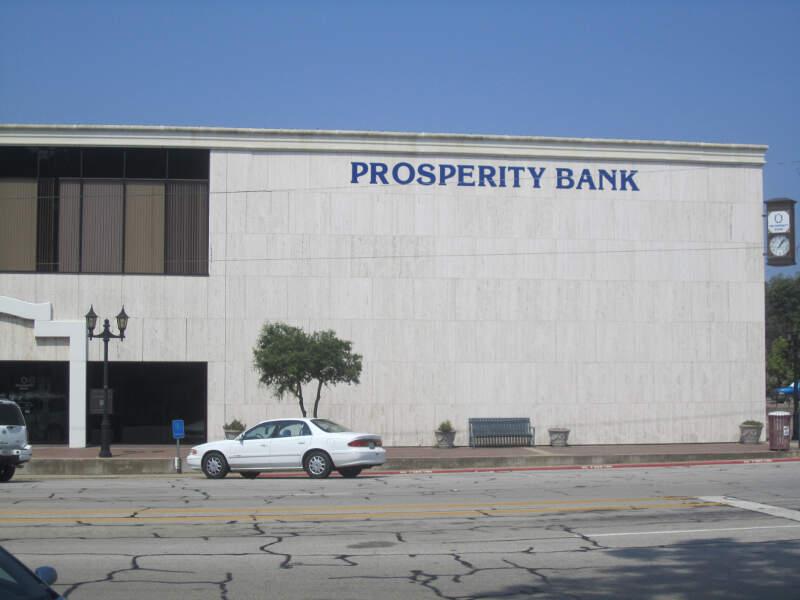Prosperity Bankc Athensc Tx Img