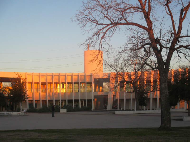 Mexican American Cultural Centerc Austinc Tx Img