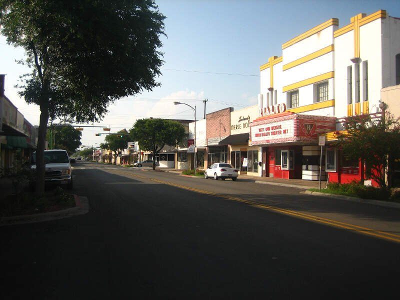 Downtown Beeville Img
