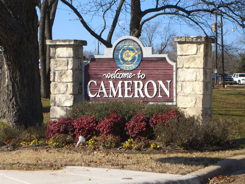 Living In Cameron, TX
