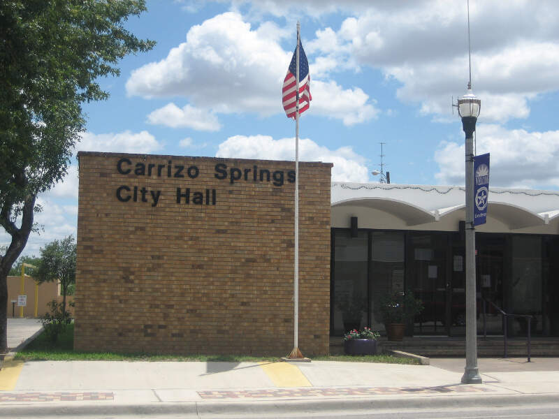 City Hall In Carrizo Springsc Tx Img
