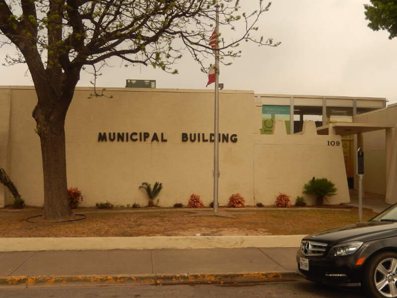 Del Rioc Txc Municipal Building Dscn