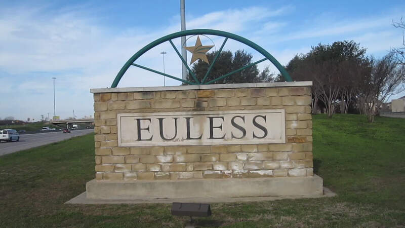 Living In Euless, TX