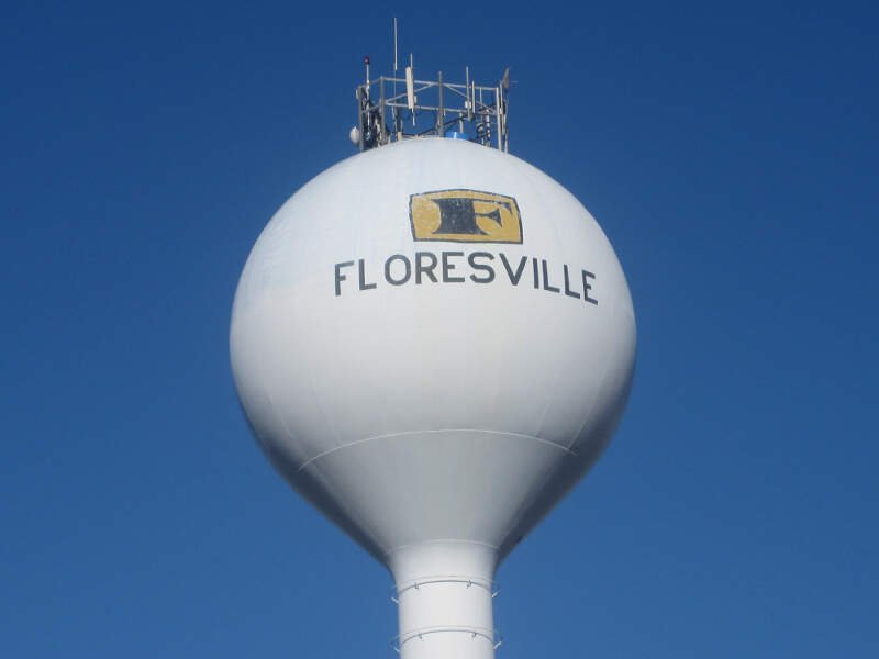 Living In Floresville, TX