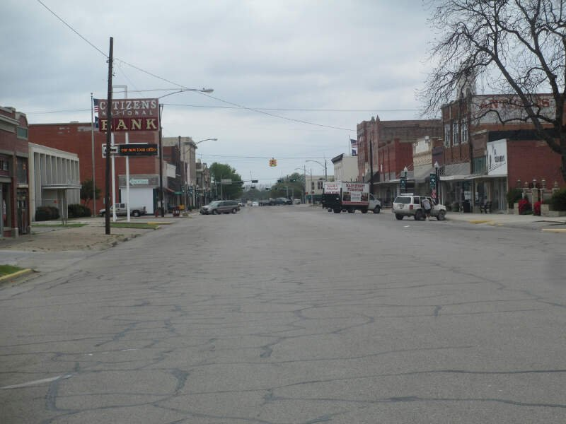 A Look At Downtown Hillsboroc Tx Img