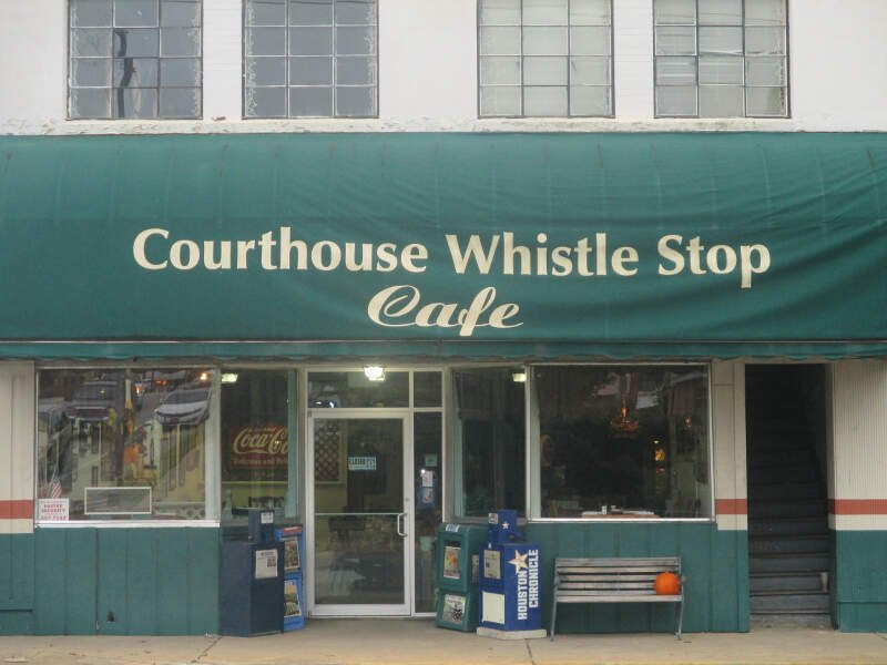 Courthouse Whistle Stop Cafec Livingstonc Tx Img