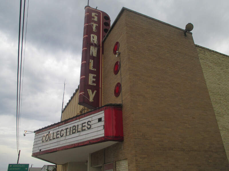 Stanley Theatre In Lulingc Tx Img