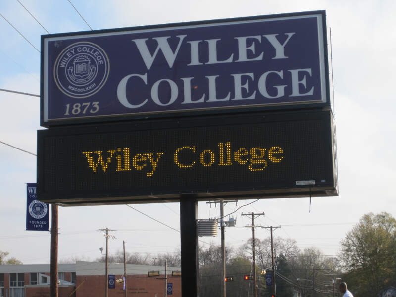 Wiley College Sign Img
